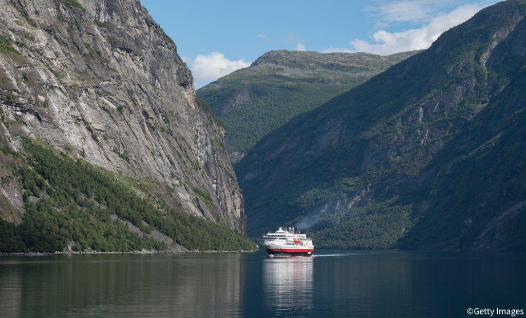 @livedoornews's photo on nice boat