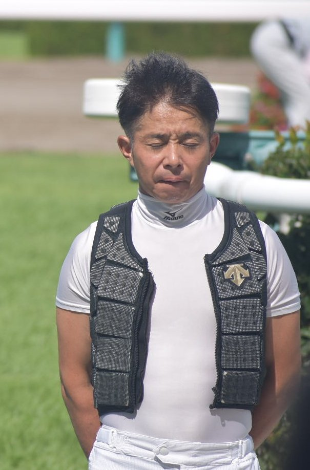 岩田康誠の変顔