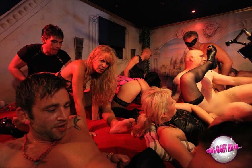 Look inside hugely popular swingers club where there's one very bizarre rule