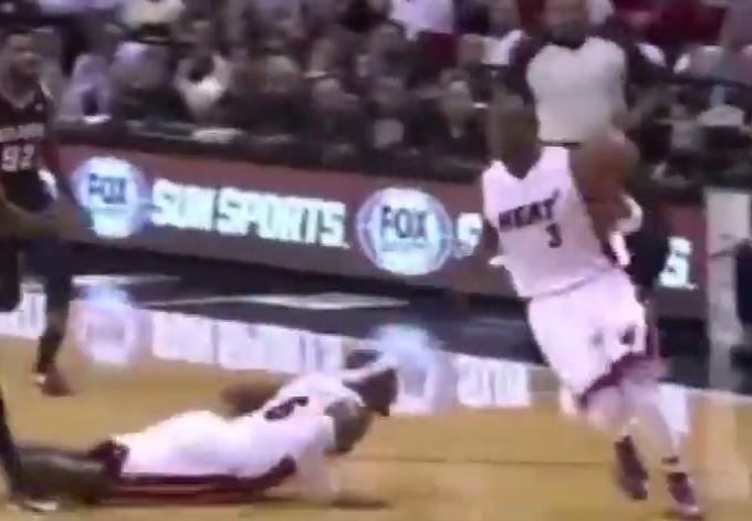 【影片】經典組合,那些年的詹韋連線,看濕了多少人!-黑特籃球-NBA新聞影音圖片分享社區