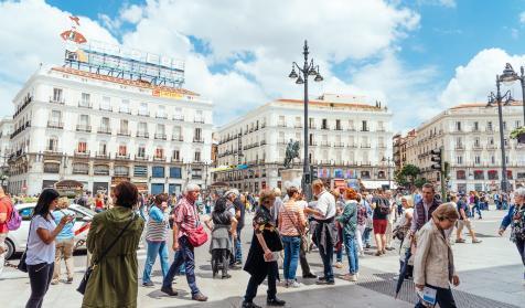Almeida peatonalizará 'definitivamente' la Puerta del Sol https://t.co/Ae65MQqDN3 https://t.co/yA1L67dlAg