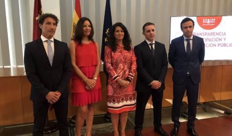 El director de Emergencias de Murcia se fue al teatro en plena gota fría https://t.co/VMFglN7mhX https://t.co/SQvtfQJ5rr