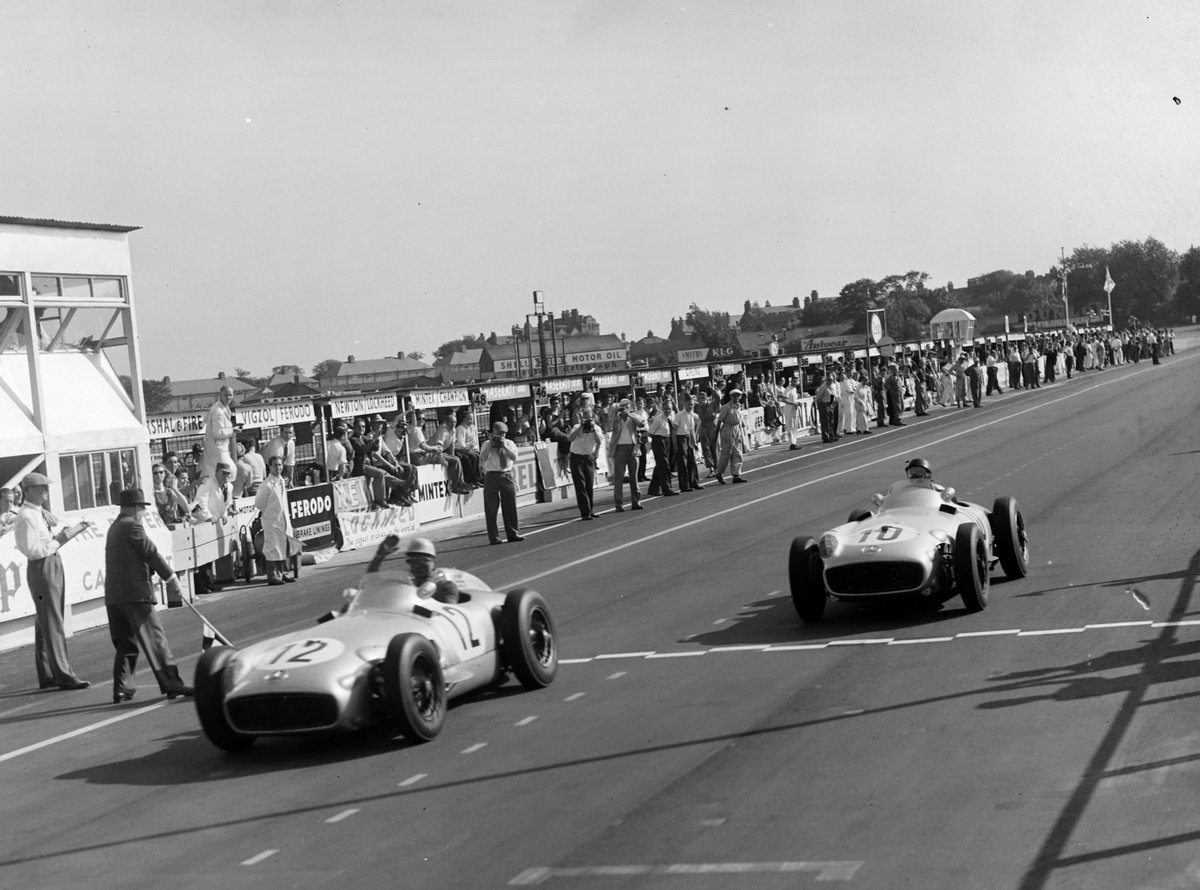 Legend is a term used all too often these days... But there is no other word to describe Sir Stirling 👊  In 1955 Moss won the famous Mille Miglia as well as the #BritishGP at the wheel of a @MercedesBenz!
