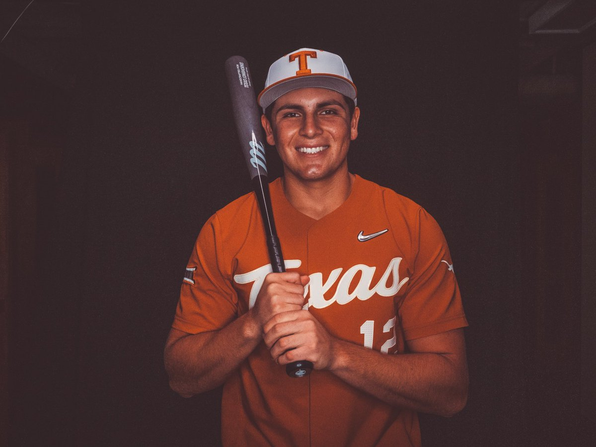 Blessed and excited to announce that I will be furthering my academic and baseball career at the University of Texas. A huge thank you to my parents, coaches, teammates and everyone who supported me along the way. #hookem  @Coach_KLay @SeanAllen3 @UTMiller12  @DP5hookem<br>http://pic.twitter.com/7w9Ou1ODKA