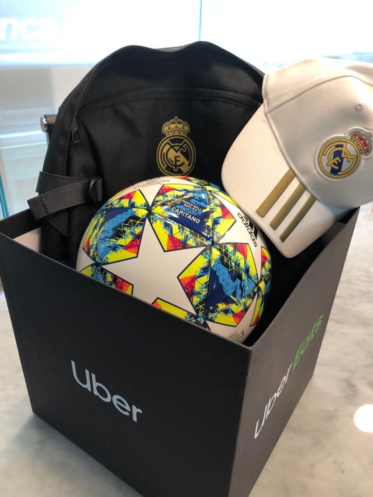 Preparándome para la Champions. No olvides pagar con @MastercardMex tus viajes de @uber_mex y @ubereats_mex y participa para ganar un viaje a un partido de la UEFA Champions League. Para más información da click en el siguiente link: http://t.uber.com/UCL2020 #PideYAnota