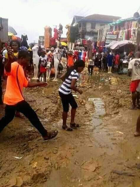 This is a market in Aba, these pictures were taken few days ago. We Nigerians are no longer victims of bad leadership but accomplice, how can you be paying tax to the government in a market and allow yourself to be doing your business in such a very dangerous environment? <br>http://pic.twitter.com/wdwV4arD2x