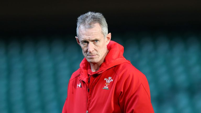 test Twitter Media - Howley sent home from Wales RWC camp ❌🏉  Wales 🏴󠁧󠁢󠁷󠁬󠁳󠁿 coach Rob Howley has been sent home from their Rugby World Cup camp amid allegations of betting offences, Sky Sports News understands.  👉 More here: https://t.co/gGcL4Hkg1G https://t.co/BVJj7qOwUZ