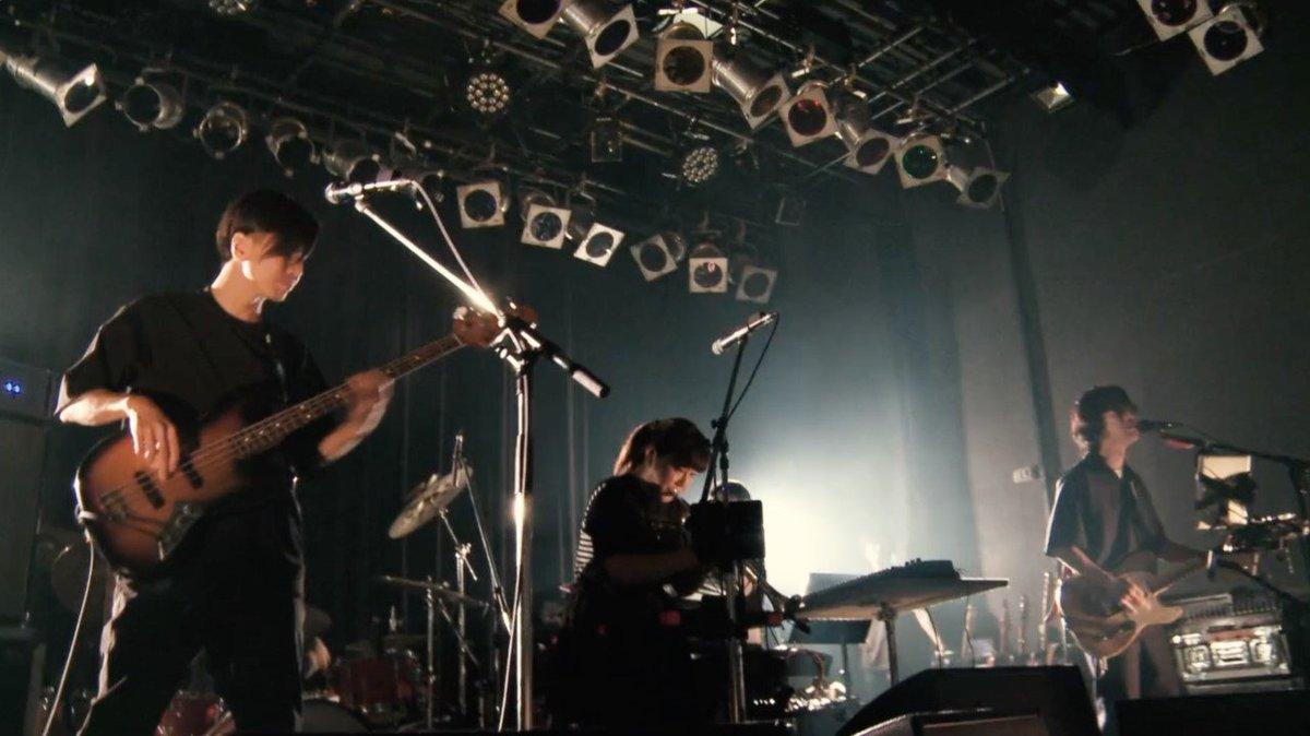 くるり、石若駿との札幌ライブ映像公開!本日リリースされる『列島ライブ2019』の中から、札幌PENNY LANE24で披露された「トレイン・ロック・フェスティバル」の映像が公開されました!【YouTube】【Apple Music】