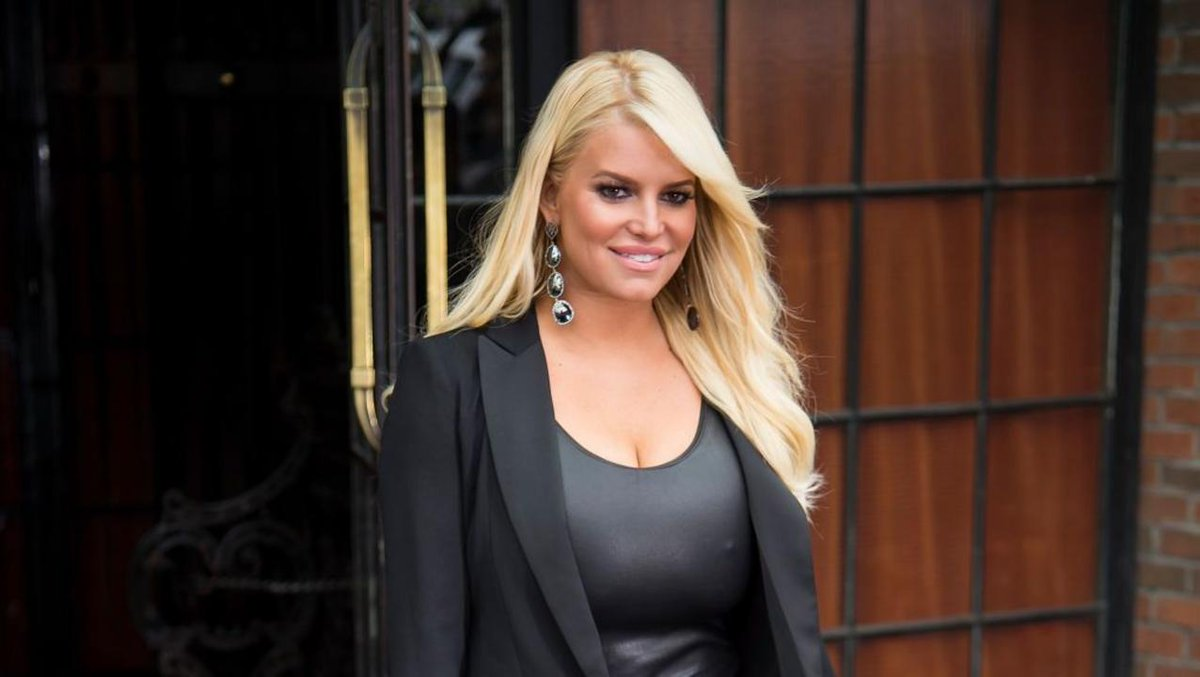 Image for the Tweet beginning: Jessica Simpson is a talented