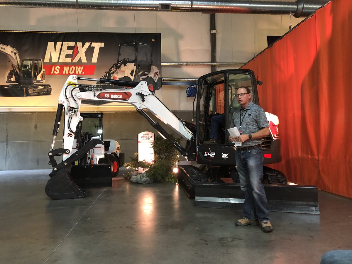 Landscape Management On Twitter Mike Wetzel Has Spent 20 Years In The Excavator Industry Today He Is Excited To Introduce Bobcatcompany New E145 And The R2 Series E42 Excavators The E145 Is
