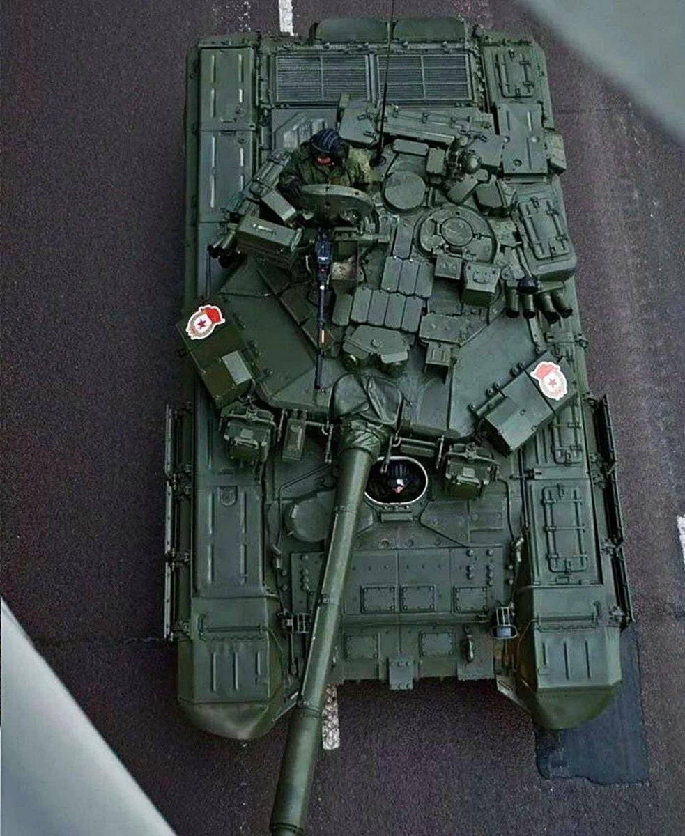 T-90 Main Battle Tank #2 - Page 14 EErpo5kWsAIf1tD