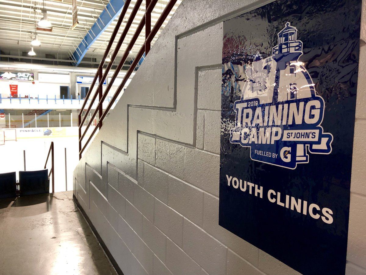 Toronto Maple Leafs On Twitter We Teamed Up With Mtpearlblades To Host Over 350 Minor Hockey Players In Leafs Development Clinics During This Weekend S Training Camp Festivities Special Guests Wendel Clark Dan