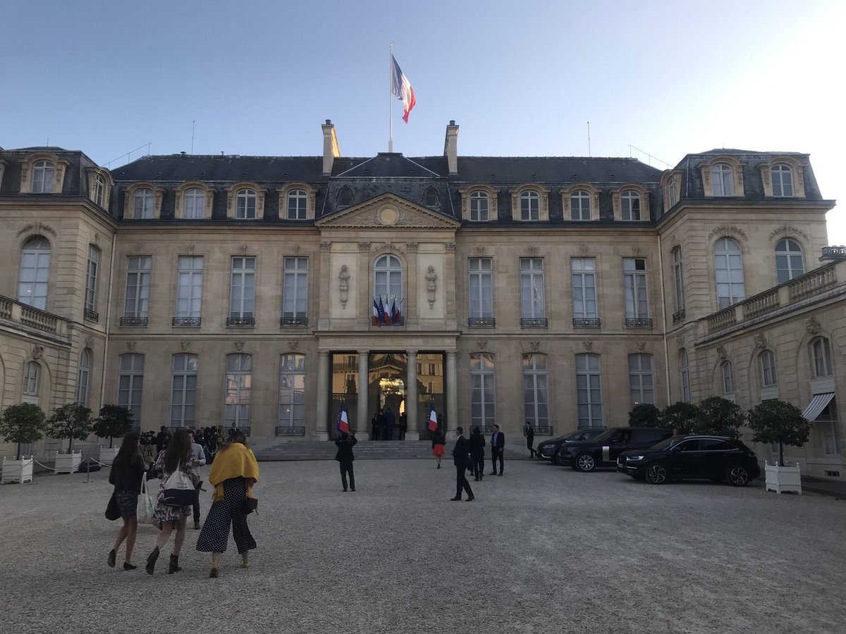 test Twitter Media - Tonight at @Elysee with @EmmanuelMacron for the launch of #FDDay with @FRdigitale. Announcements including the #Next40 expected ! #startup #accelerator #innovation #unicorn #entrepreneurs #ArtificialIntelligence https://t.co/742Rj4HBqU