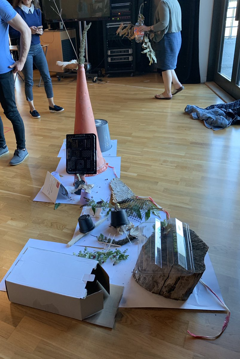 We are a creative lot at @UniSouthWales as our MA #musictherapy students demonstrate here, creating an installation. Why not join us for our #musictherapy and #autism conference in #November https://www.southwales.ac.uk/therapies/helen-kegie-centre/practitioner-services/…