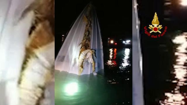 Offshore si schianta al Lido, tre morti a Venezia:...