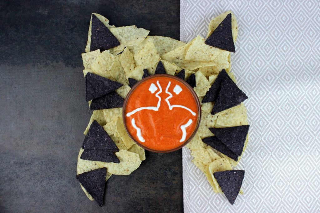 This Ahsoka red pepper dip recipe is the perfect snack for your next #CloneWars viewing party: strw.rs/6019Ehx91