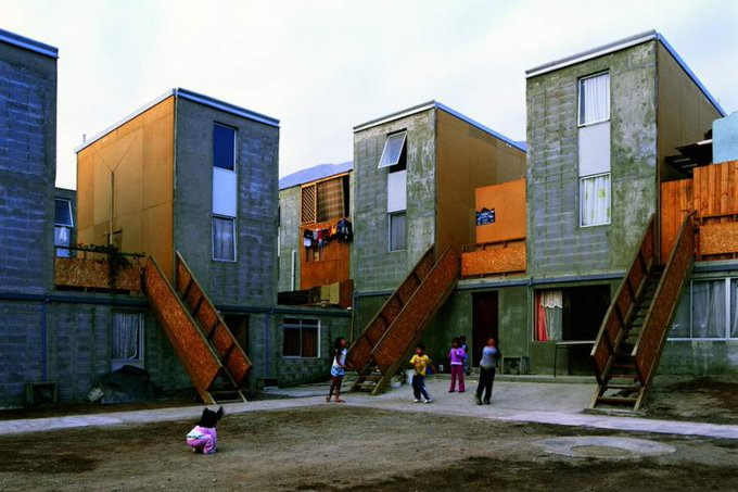 Vivienda social de calidad: la Quinta Monroy de Alejandro Aravena es destacada a nivel mundial bit.ly/2UYubK8