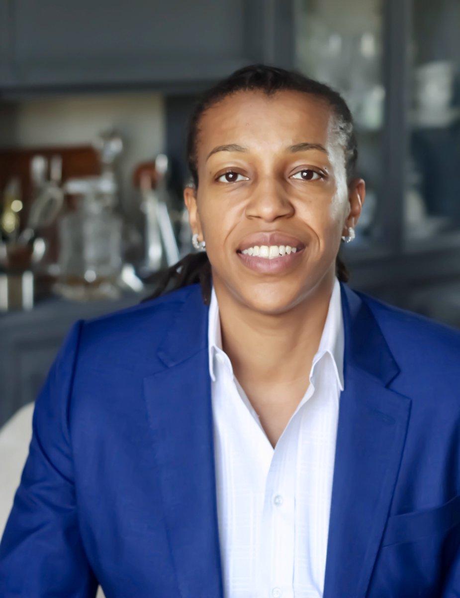 Meet Dr. Blessett (@urbanrambl_)!  #MPAFeature #MPASJ #AcademicTwitter #PhD<br>http://pic.twitter.com/MGxpbtfhOJ