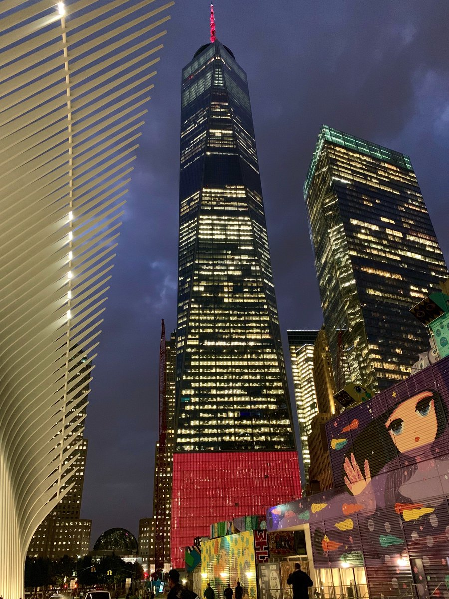 Thanks to one of our biggest fans for these pics of #OneWTC last night! cc @OneWTC twitter.com/spireworks/sta…