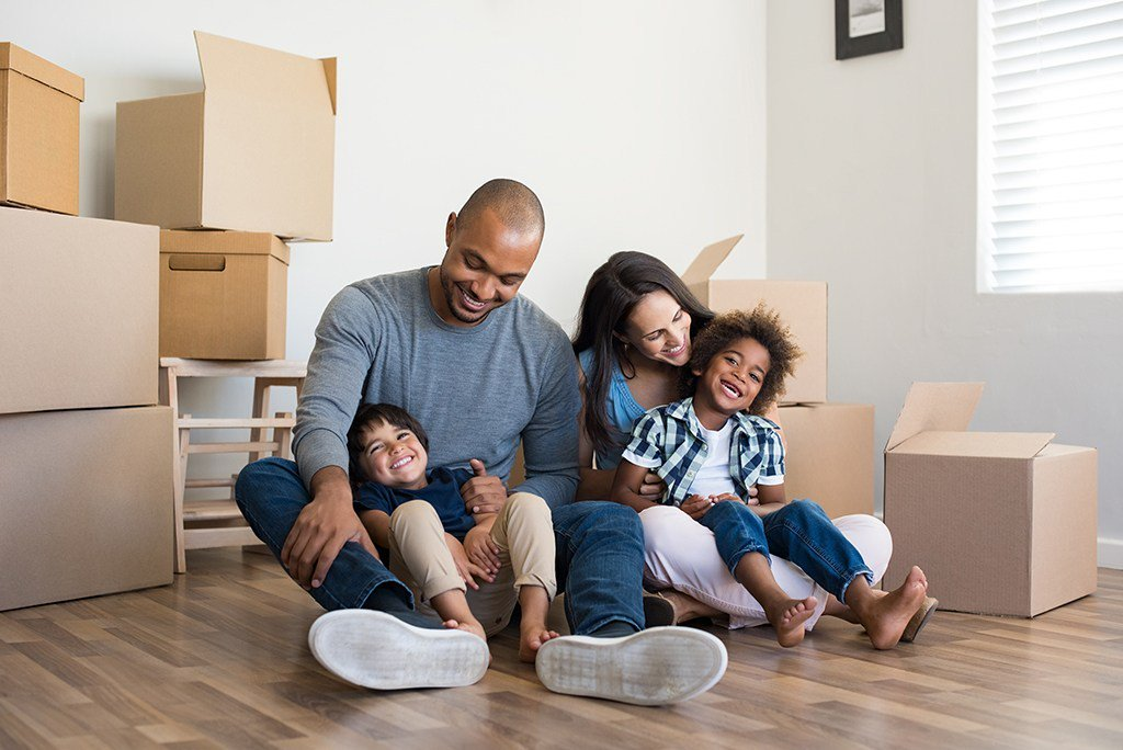 Child-proof your new home right when you move in. #movingtips #lifetips   http:// cpix.me/a/81494176     <br>http://pic.twitter.com/uIpx1dhNai