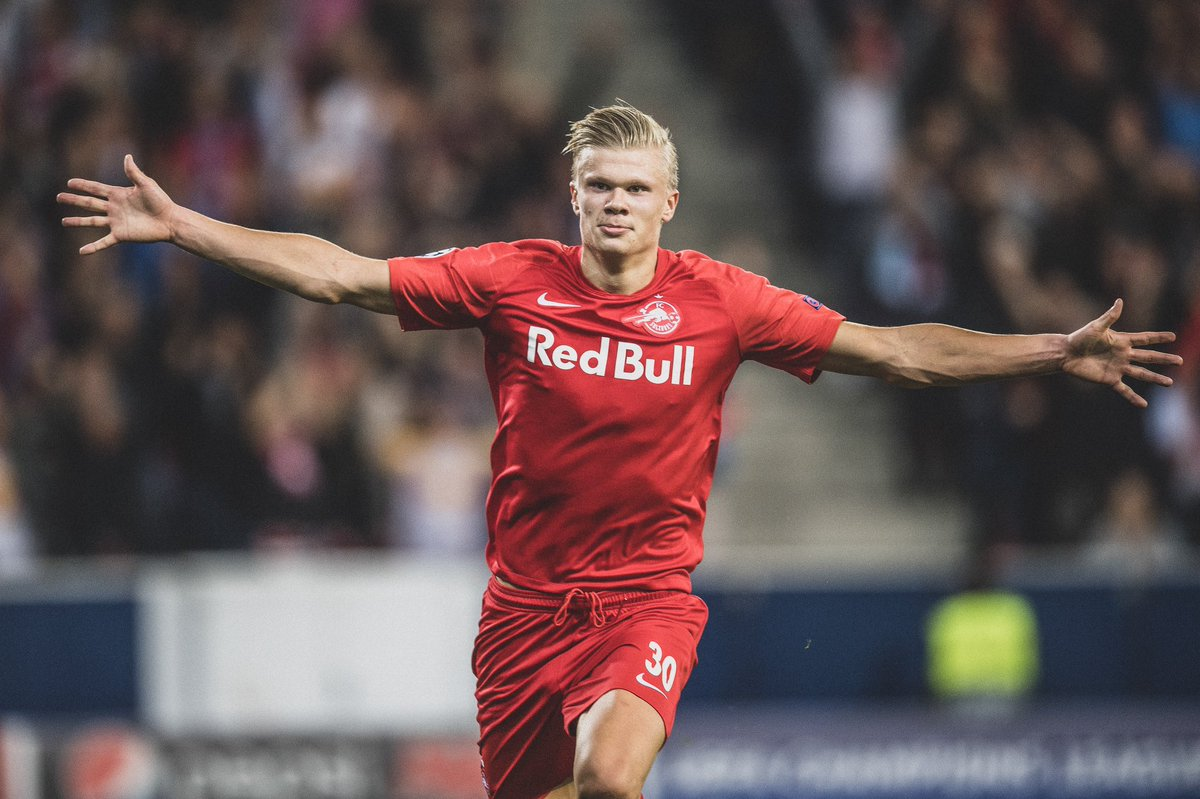 🇳🇴 @RedBullSalzburg's Erling Håland: 🤩 First half @ChampionsLeague hat trick. 🎩 4th hat trick this season. ⚽️ 17 goals in 9 games. 😅 Scored 9 in 1 game for Norway U20s. 👏 First teenager to score a hat-trick on CL debut since @WayneRooney. 🤯 He's just 19 years old.