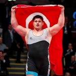 Image for the Tweet beginning: Kazakistan'da düzenlenen Dünya Güreş Şampiyonası'nda