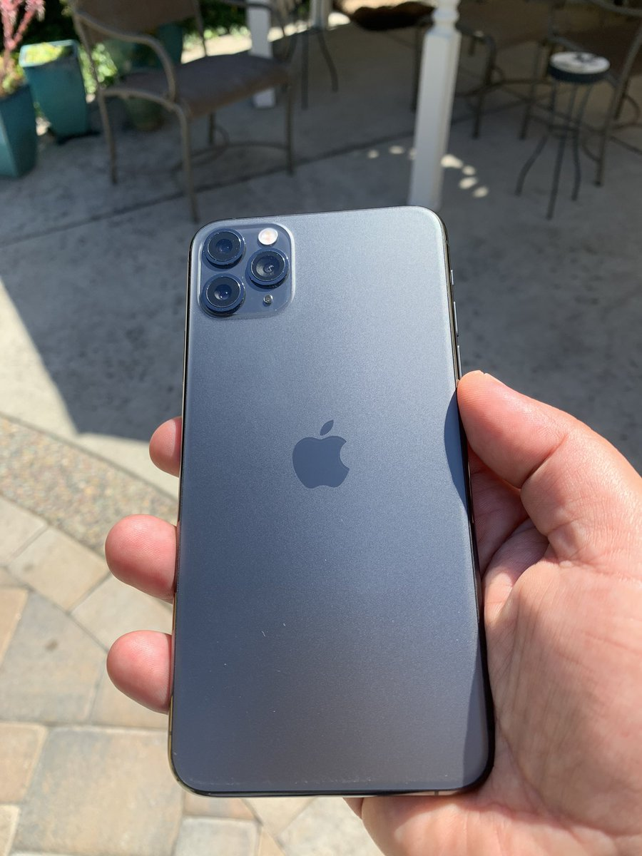"""Jim Dalrymple on Twitter: """"The Space Gray iPhone 11 Pro ..."""