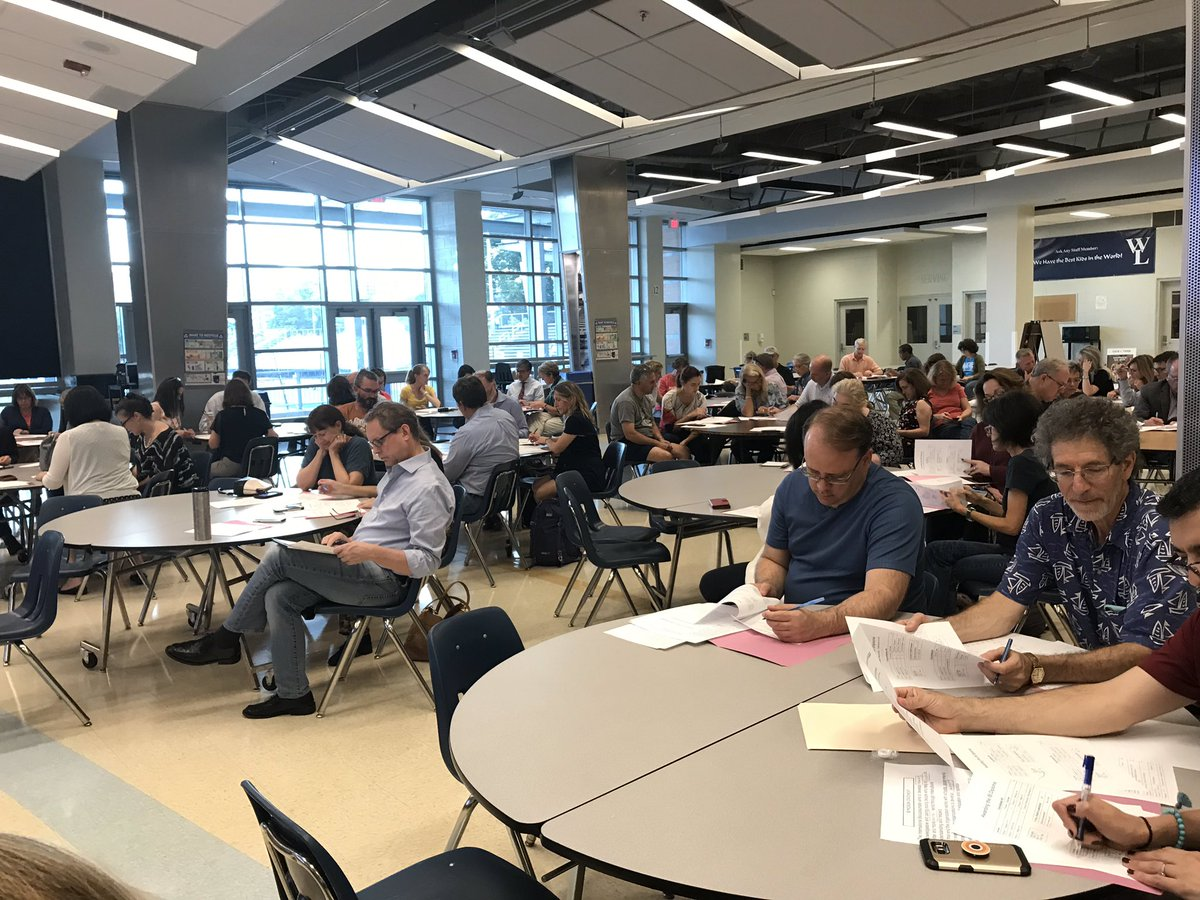 Thanks to all for coming out to IB Senior Parent Information Night! We put them to work grappling with some intricacies of the IB Diploma Program. <a target='_blank' href='http://twitter.com/APSVirginia'>@APSVirginia</a> <a target='_blank' href='http://twitter.com/WLHSPrincipal'>@WLHSPrincipal</a> <a target='_blank' href='http://twitter.com/GeneralsPride'>@GeneralsPride</a> <a target='_blank' href='https://t.co/8TjGfGYJbc'>https://t.co/8TjGfGYJbc</a>