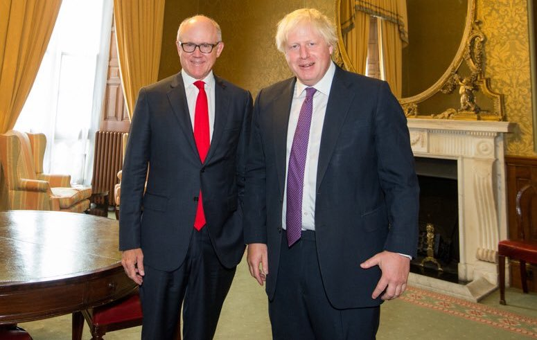 """U.S. Ambassador Woody Johnson says that having """"built the greatest empire"""" and """"held off the Nazis"""", the British """"didn't need a lecture from anybody on how to run their country... and that includes Brussels"""" 🇬🇧 God bless the Americans 🇺🇸 #SpecialRelationship @realDonaldTrump"""