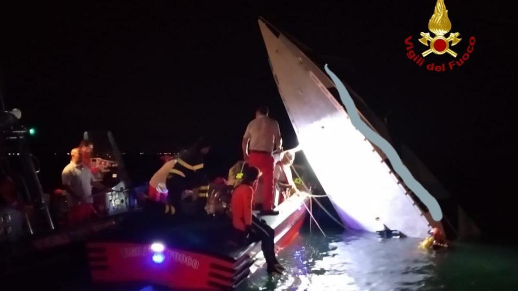 Incidente nautico al Lido di Venezia, tre persone ...