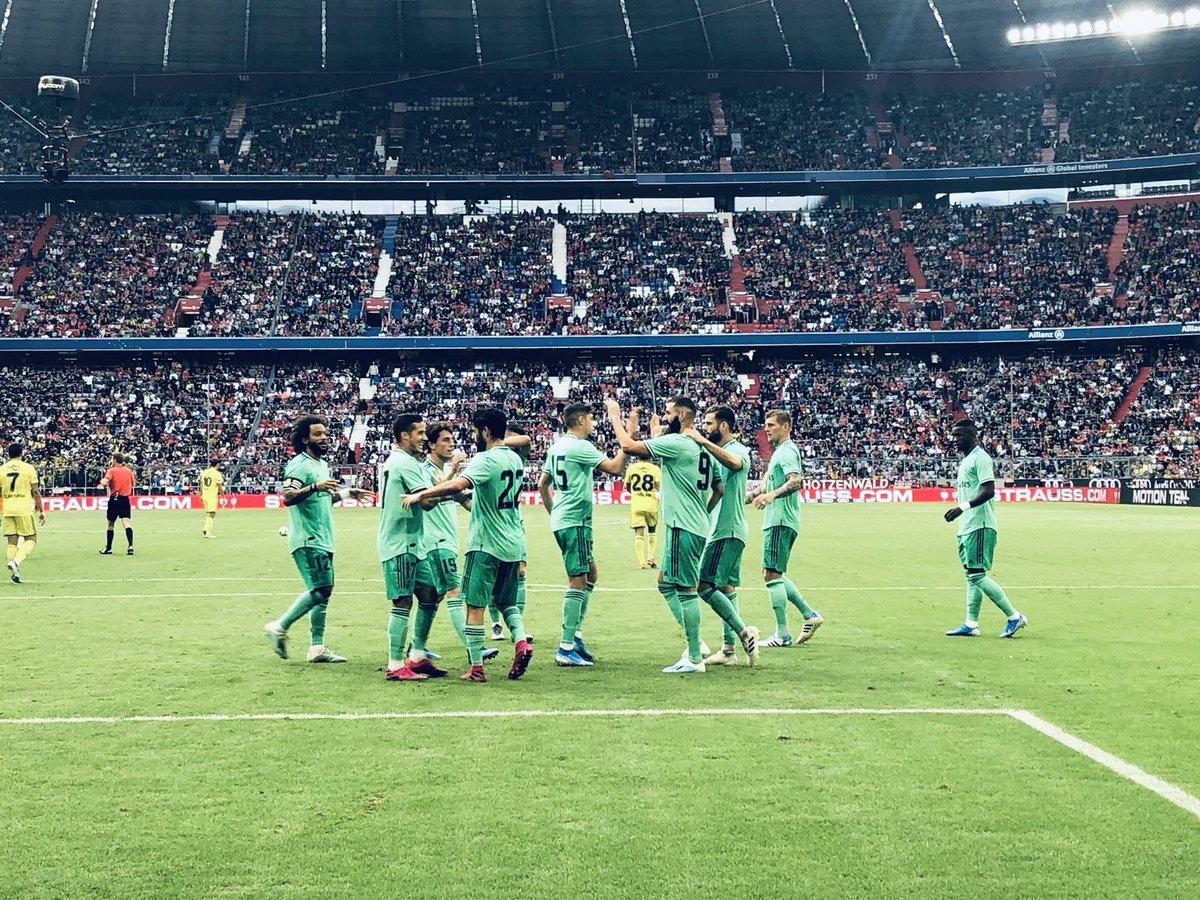 JOUR DE MATCH ! 🆚 Paris Saint-Germain 🏟 Parc des Princes ⏰ 21h00 🏆 Ligue des Champions Vos pronos pour notre premier match de LDC ?
