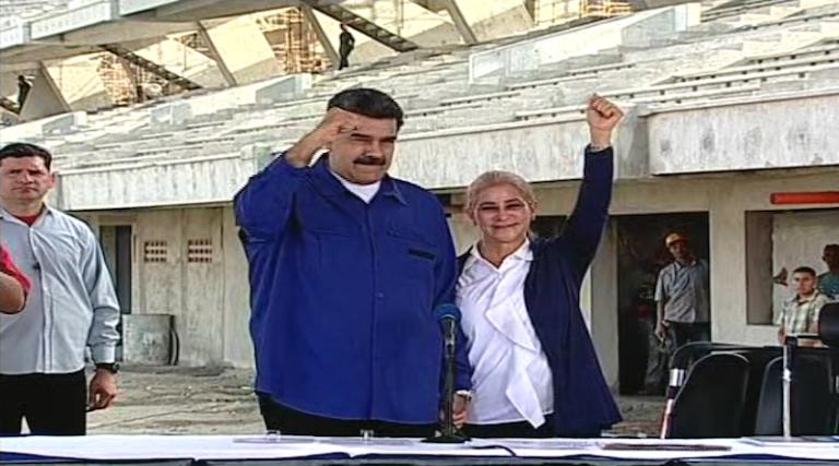 Presidente Maduro: Estadio de Tiburones de La Guaira será inaugurado en diciembre de este año #DiálogoPorLaPaz vtv.gob.ve/presidente-mad…