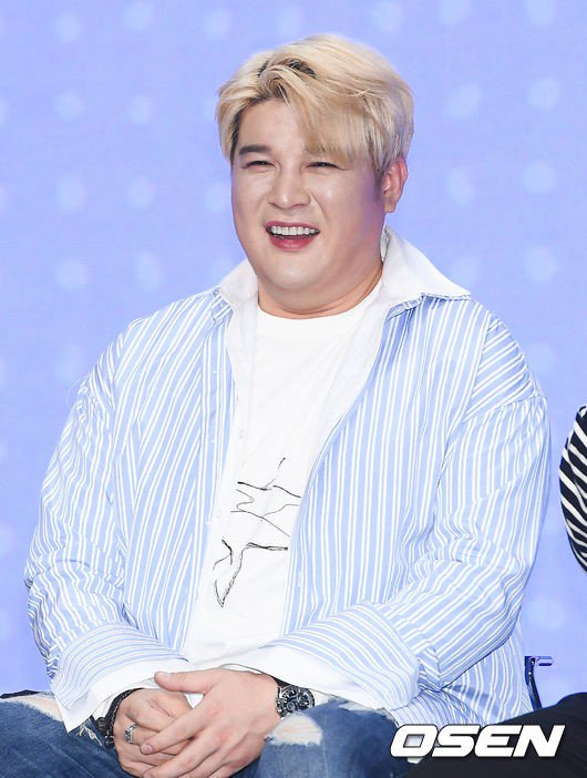 Super Junior Shindong has recovered his health and will be returning to activities  He recently participated in a recording for JTBC2 'Today's Luck'  He is also preparing for Super Junior's comeback   https:// entertain.naver.com/read?oid=109&a id=0004086189  … <br>http://pic.twitter.com/LkRMNkICnE