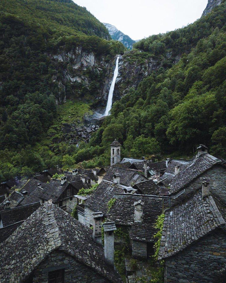 Ticino Switzerland via: jameslloydcole<br>http://pic.twitter.com/dZTLL4XdMU