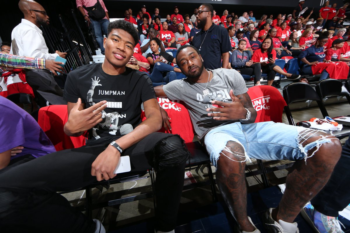 Some @WashWizards are in the building! 🙌  What's up, @JohnWall & @rui_8mura 👋  #WNBAPlayoffs