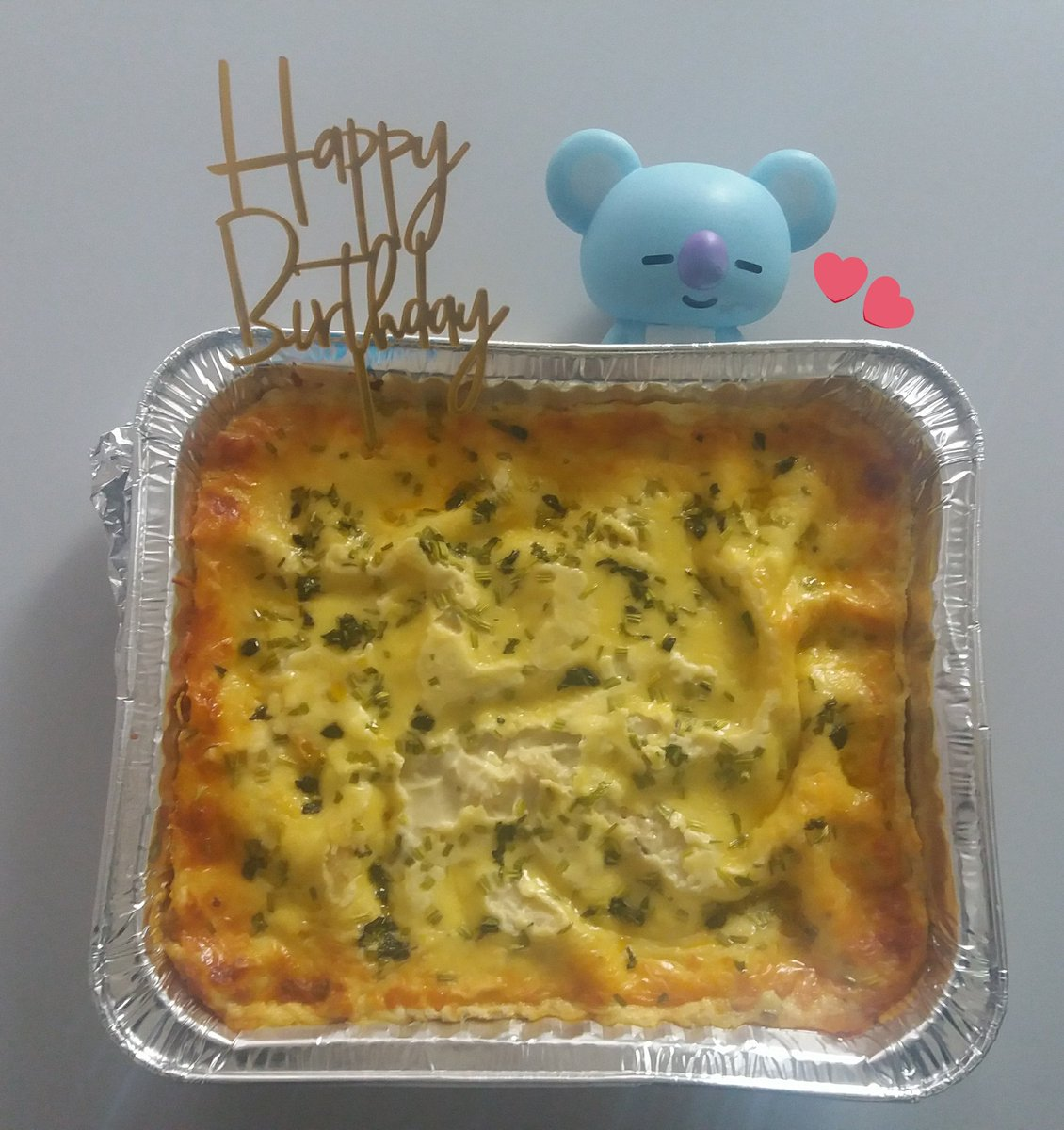LASAGNA IN THE HOUSE!! by chef min 😌  happy birthday joon @BTS_twt 😚💕🌱🐨 #HAPPYRMDAY #RM생일ᄎᄏ  #OurJooniverse  #MoonchildDay