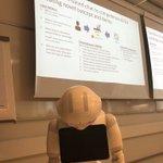 Image for the Tweet beginning: Hienoa että API teema vahvasti