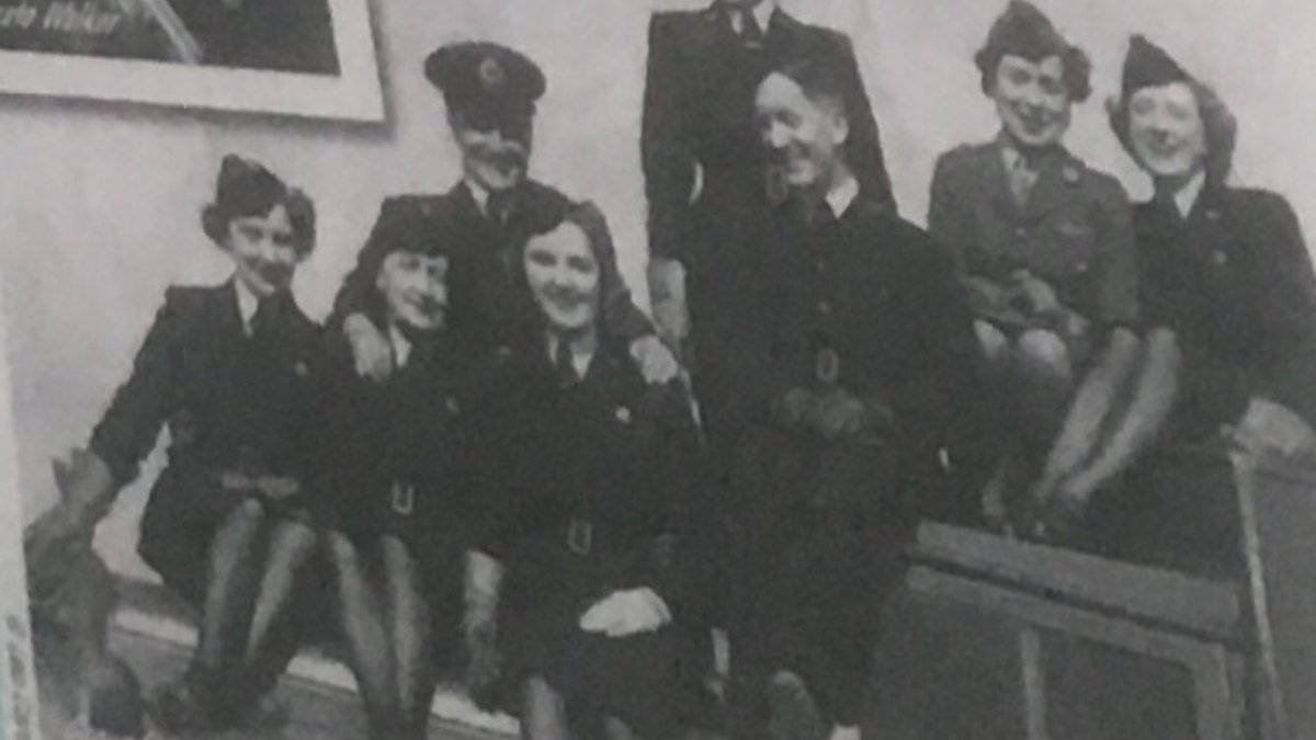 An interesting photograph of non flying Air Transport Auxiliary staff. Female second on R, looks to be wearing ATS uniform. The RAF used Royal Signals people and Ground Liaison Officers during WWII. It would make sense that she is telecommunications or GLO. Credit @flyaspitfire