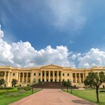 Image for the Tweet beginning: The Hazarduari Palace or the