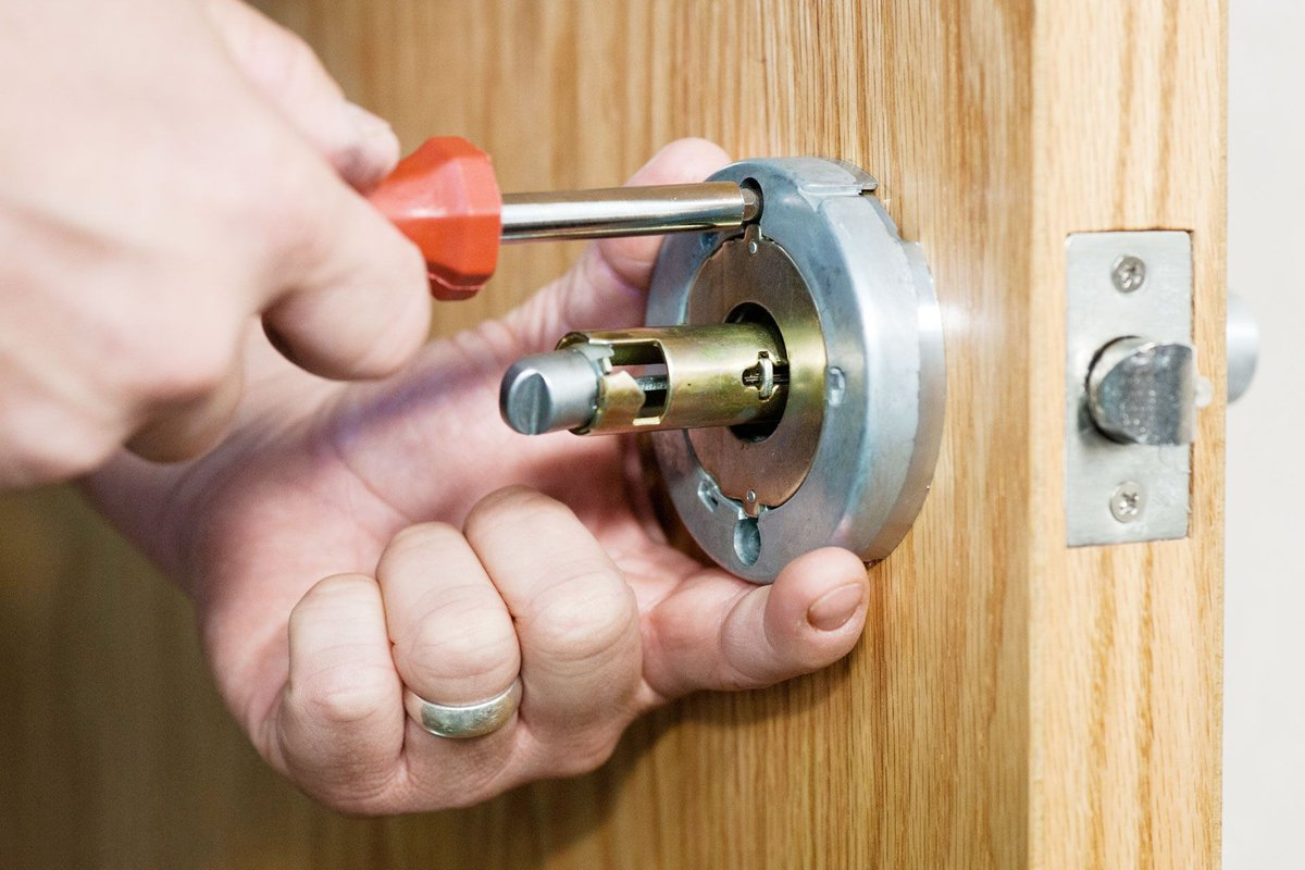 At Reliable Locksmith Mapple Grove MN our technicians are professionally trained and are all provided with the most current and up to date tools and equipment allowing them to offer a wide variety of services.  ☑️Reliable Locksmith ☑️(612) 345-9194 ☑️https://www.reliablelocksmithmn.com