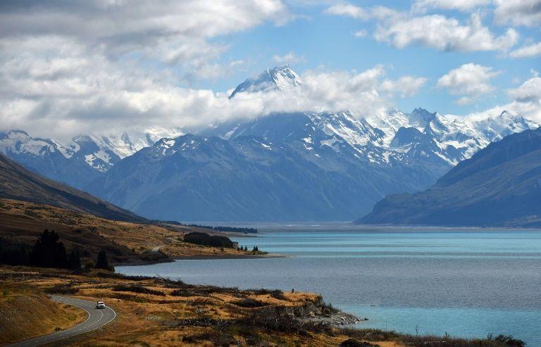 'Lord of the Rings' show to start filming in New Zealand https://t.co/VL1KnXh4aV https://t.co/yaVt9ShmM2