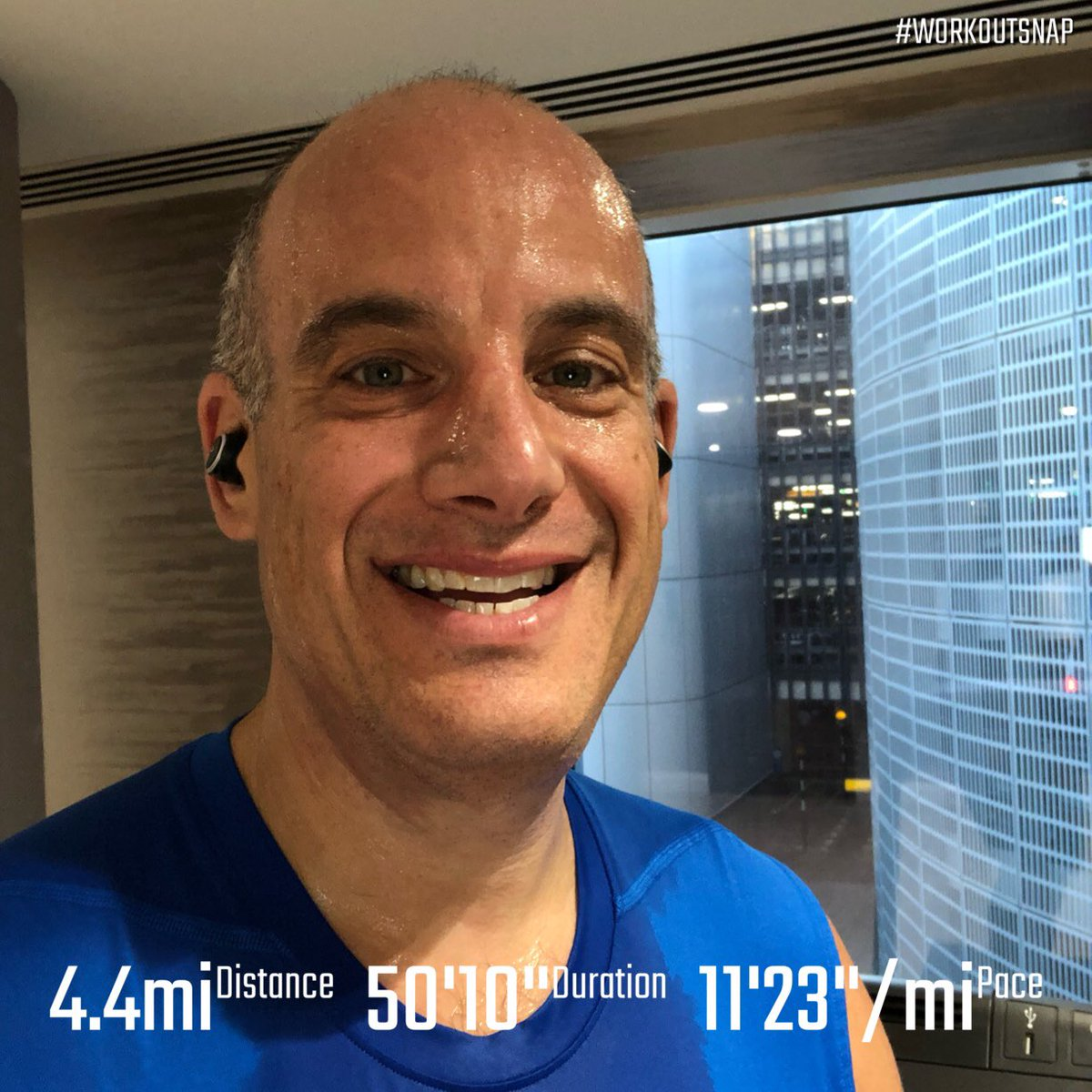 When your hotel is attached to the airport, you have no choice but to do a treadmill run. #athlinksignited #teamnuun #tritraining #instarunners #runnersworld #runnerslife #runhappy #runnerscommunity #fitnessmotivation #fitnessjourney #workoutsnap #worldrunner #azrunner #england<br>http://pic.twitter.com/tHGAlUqgsa