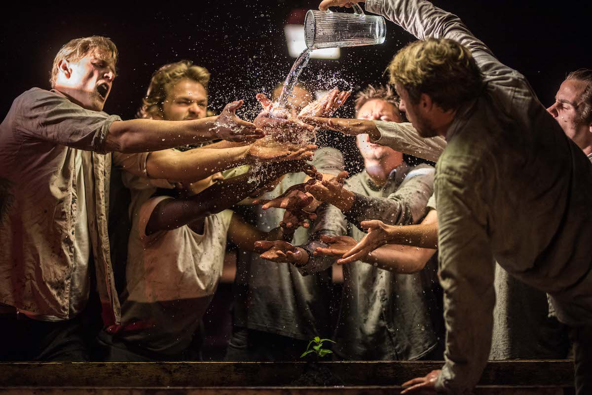 Bart Grietens wint de Theaterfotografie Prijs 2019 http://dlvr.it/RDL5gTpic.twitter.com/PHlqEonDFg