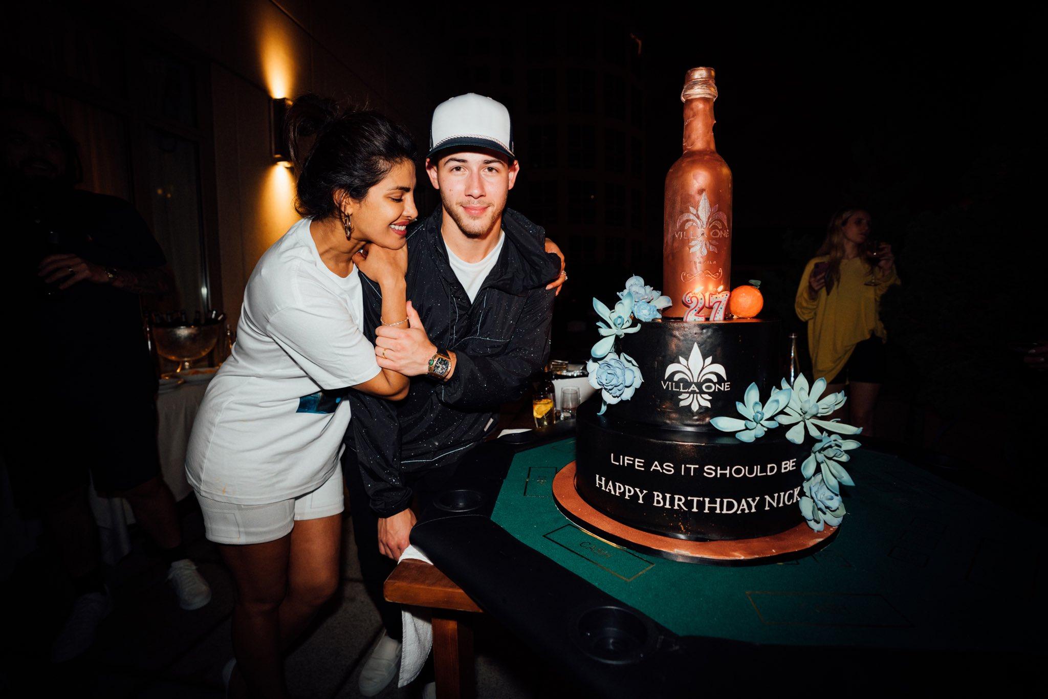 Happy Birthday to Nick Jonas ! (17.9.2019)
