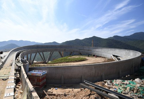 China's first major bobsleigh and luge race track has been completed for the Beijing 2022 Winter Olympics, the Beijing Major Projects Construction Headquarters Office confirmed on Tuesday