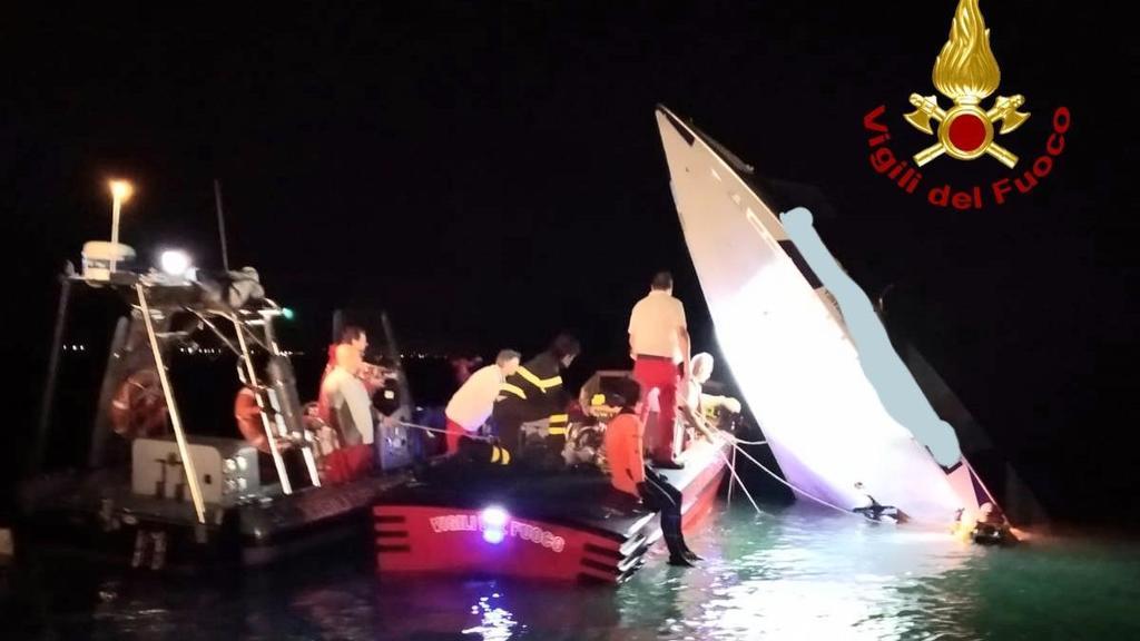 Offshore schiantato sulla diga, le vittime tentava...