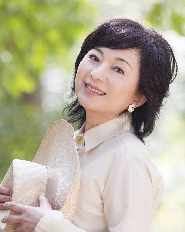 太田裕美、乳がん治療中であることを発表「今まで通り、歌を作り歌っていく」 https://t.co/WjCtFPmzAs https://t.co/QkvtfYhEAj