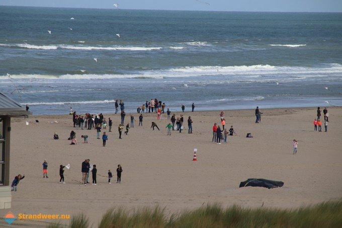 Geslaagd vliegerfestijn op strand Molenslag https://t.co/Jc1PMv3m1Q https://t.co/xO7gf9uwHx