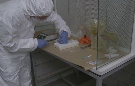 89 kilo harddrugs gevonden bij Westlands bedrijf https://t.co/VSXYmarhdE https://t.co/UavFK0ojEO