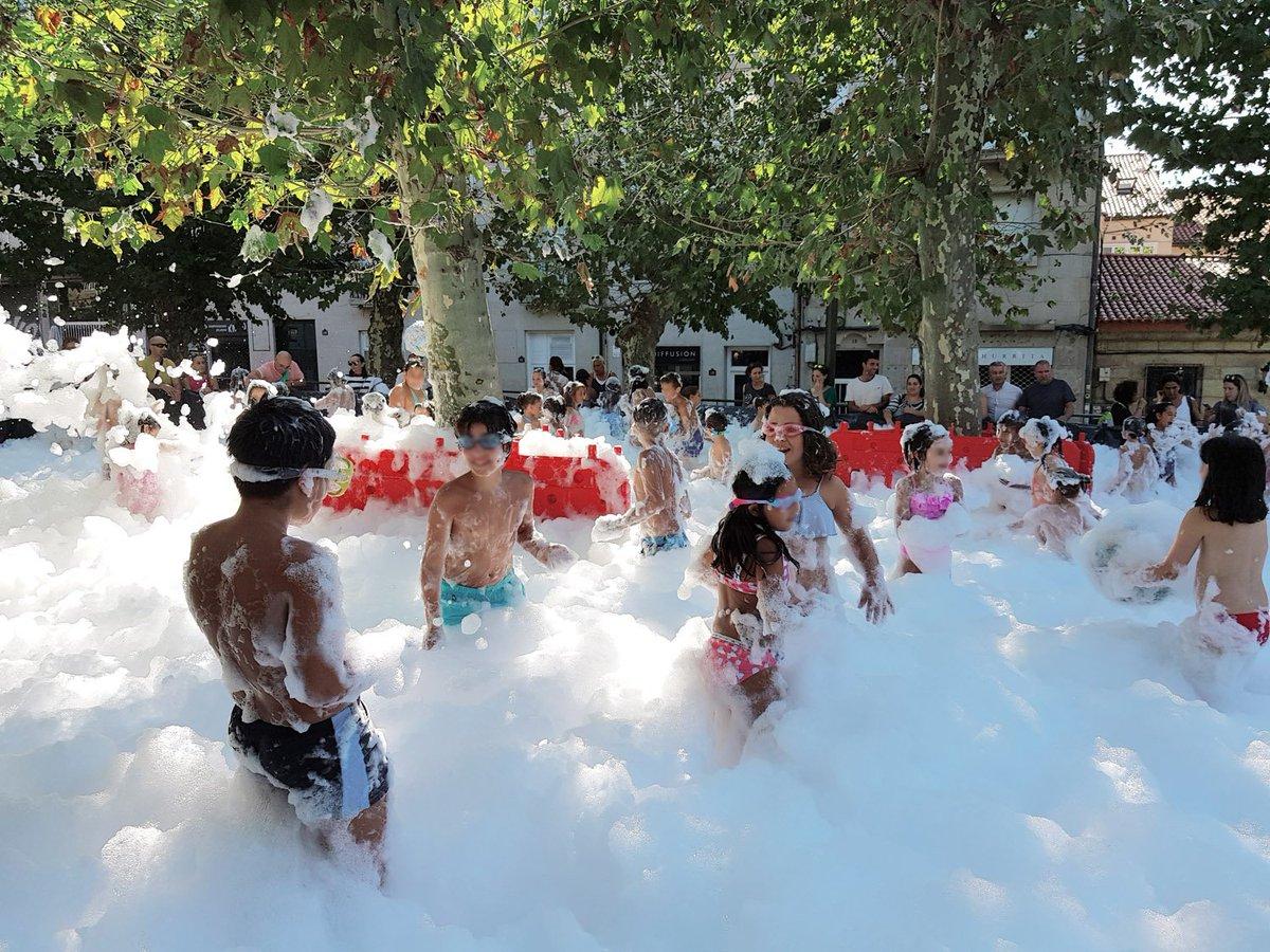 A festa da espuma infantil fixo que os máis cativos pasasen unha tarde inolvidable, antes da volta o cole. 😍😍 bit.ly/2lSBDcd #ourense #comerciolocal #ccaourense